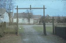 Brama do zagrody J.Łosińkiego - Górki