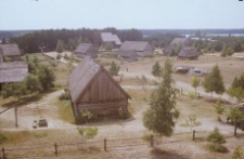 Fragment zabudowy Kaszubskiego Parku Etnograficznego - Wdzydze KPE