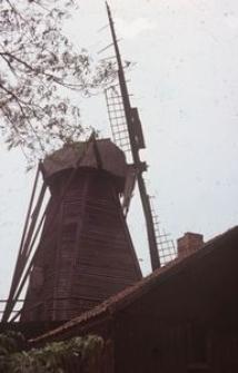 Wiatrak typu holenderskiego - Drewnica