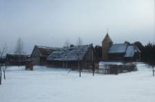 Skansen. Widok na XVII-wieczny kościół z miejscowości Swornegacie - Wdzydze KPE [1]