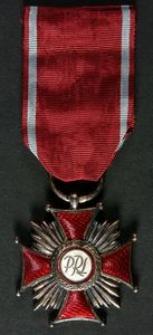 Odznaczenie [Legitymacja Nr B-33081, Srebrny Krzyż Zasługi, Akt Nadania]