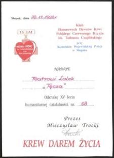 """[Akt Nadania Teatrowi Lalek """"Tęcza"""" Odznaki XV Lecia Humanitarnej Działalności Nr 68]"""