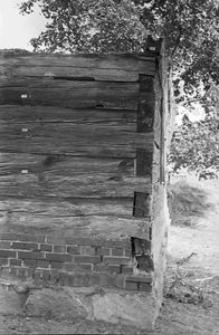 Chata zrębowa, podcieniowa - Lipuska Huta [15]