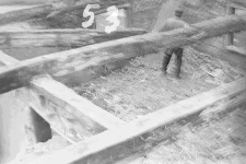 Chata zrębowa, podcieniowa - Lipuska Huta [36]