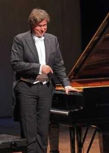 46 Festiwal Pianistyki Polskiej [2012-09-09]