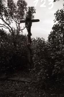 Krzyż z rzeźbą Chrystusa - Pogódki [2]
