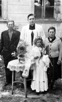 Pierwsza Komunia Heleny Karwowskiej