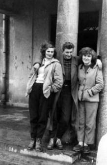 Hanna Federowicz (agronomka) i Jan Maziejuk (pracownik kulturalno-oświatowy) - pracownicy PGR-u Kamnica