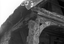 Chata zrębowa - wiązanie przęseł podcienia - Piechowice [1]