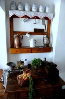 Sprzęt gospodarstwa domowego w Muzeum Kultury Ludowej Pomorza w Swołowie (2)