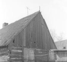 Chałupa zrębowa z zabudowanym podcieniem pełnoszczytowym - Bobowo