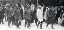 Album zdjęć z pobytu Hindenburga w Słupsku