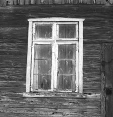 Dwór konstrukcji zrębowej z połowy XIX w.(2) - Raduń