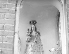 Figura z kapliczki przydrożnej - Mirotki