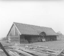Budowa dworku szlacheckiego przeniesionego z Trzebunia
