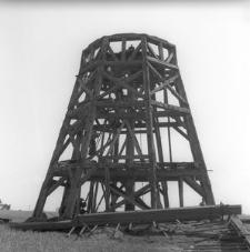 Wiatrak typu holenderskiego z lat 70-tych XIX wieku - rozbiórka - Brusy