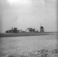 Zagroda młynarska z wiatrakiem holenderskim z 1876 roku - Brusy