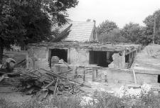Rozbiórka XVIII-wiecznej chałupy szkieletowej z zabudowanym podcieniem pełnoszczytowym - Starkowa Huta
