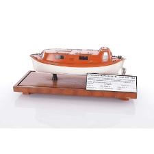 Model łodzi ratunkowej zakrytej Typu ŁRT - P2sZ