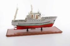 Model trawlera (laminat) TRT 18