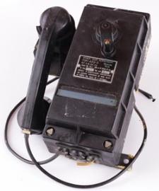 Telefon kopalniany na korbkę