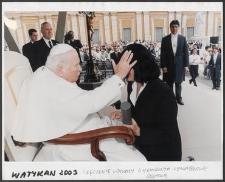 Kartka z albumu - Watykan 2003, wręczenie uchwały o Honorowym Obywatelstwie Słupska