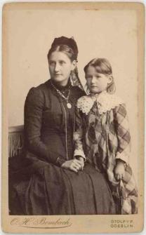 Zdjęcie matki z córką - portret do kolan