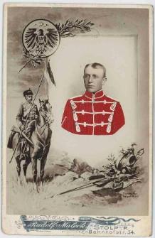 Zdjęcie mężczyzny, żołnierza w mundurze 5. Regimentu Huzarów w Słupsku - popiersie
