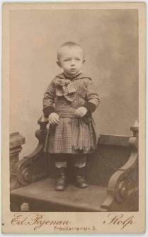 Zdjęcie dziecka - portret całopostaciowy