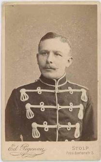 Zdjęcie mężczyzny, żołnierza 5. Regimentu Huzarów w Słupsku - popiersie