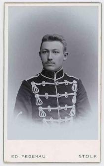 Zdjęcie mężczyzny, żołnierza 5. Regimentu Huzarów w Słupsk - popiersie