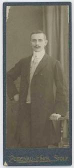 Zdjęcie mężczyzny - portret do kolan