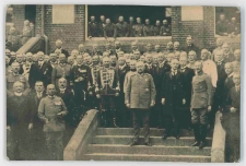 Zdjęcie zbiorowe z wizyty Paula von Hindenburga w Słupsku