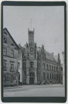 Poczta. Widok od strony placu Kościelnego