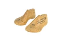 Kopyta do butów dziecięcych ze stemplem spółdzielni